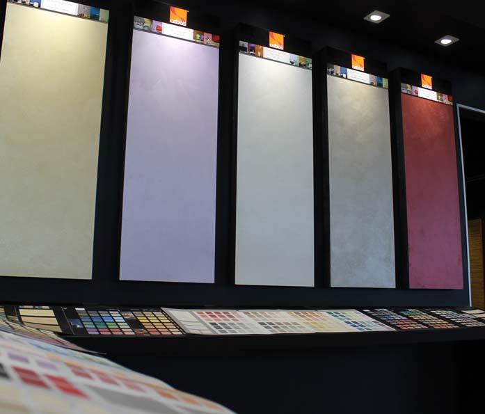 show room colore torino